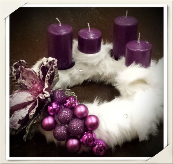 Table Decorations; Christmas Candles; DIY Christmas Centerpiece; Christmas Crafts; Christmas Decor DIY; Christmas; Centerpieces; Christmas decorating