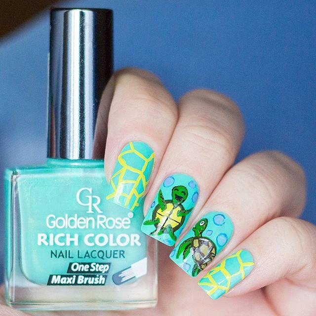 45 Cute Animal Nail Art; Trend Nail art; tortoise nails