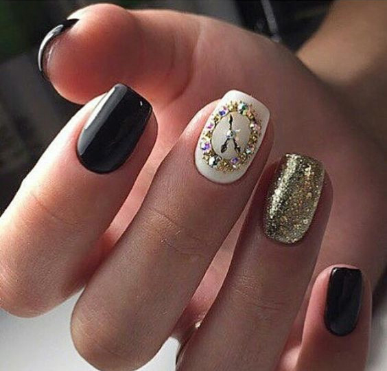 Simple Nail Art For Chinese New Year: Bright Colors For New Year Nails 2019