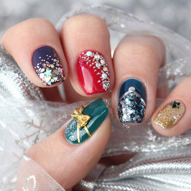 Colorful Christmas Holiday Nails Art Ideas; Christmas nail art design; simple Christmas nail art design.Nail Art; Colorful Nail Art; Christmas; Holiday Nails;