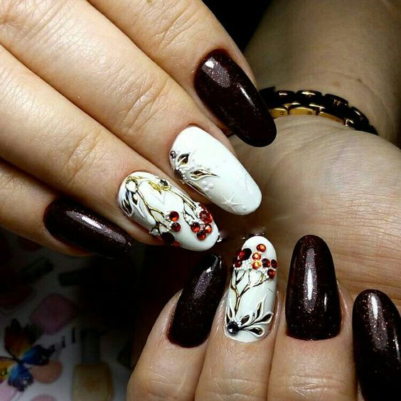 Amazing 3D Winter Snowy Nails Art Design; Christmas nails; winter nails; Snow nails; White nails;