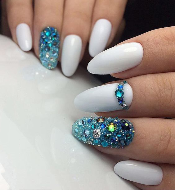 Almond Long White Nails with Gemstone; White Nails; Gemstone Nails;Almond Nails;Nails Trend;Nails Art;Nails design;Nails Art;Nails acrylic;Nails winter;