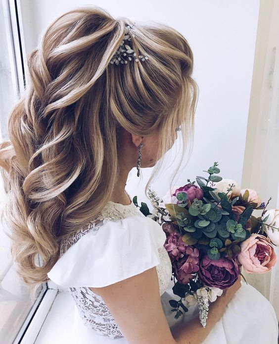 Formal Ponytail Hairstyle; 2019 trend Hairstyle; Hair Styles; Daily Hairstyle; Wedding Hairstyles