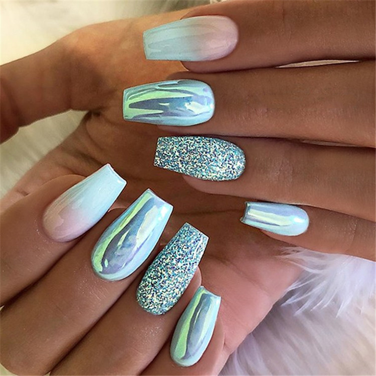 Green Glitter Coffin Nails; Long coffin nails; Coffin Nails; Acrylic Nails; Long Nails; winter nails; Glitter nails; Nails art; nails design; Marble Nails; #Sumcoco