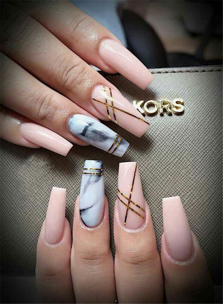 Black Nails With Marble Design