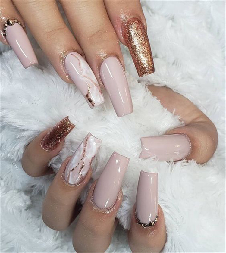 Marble Coffin Nails; Long Coffin Nails; Coffin Nails; Acrylic Nails; Long Nails; Winter Nails; Glitter Nails; Nails Art; Nails Design; Marble Nails; #Sumcoco