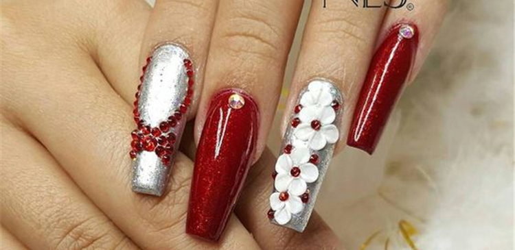 Red Glitter Coffin Nails; Long coffin nails; Coffin Nails; Acrylic Nails; Long Nails; winter nails; Glitter nails; Nails art; nails design; #Sumcoco