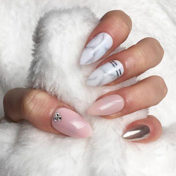 10+ Almond Marble Nails designs;Marble Nails;Almond Nails;Nails Trend;Nails Art;Nails design;Nails Art;Nails acrylic;Nails winter;