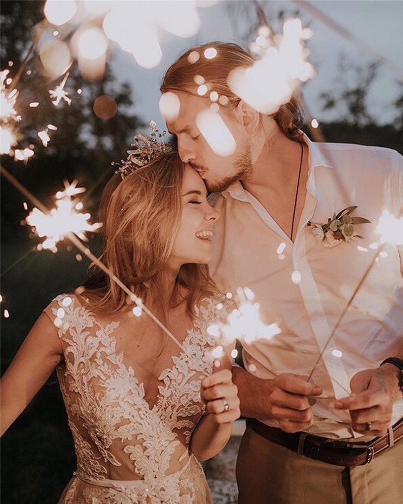 Look at the stars, look how they shine for you ; Bride Style; Wedding Ideas; Wedding Day; Bridal; Wedding Season; Wedding Details; Wedding Venue;