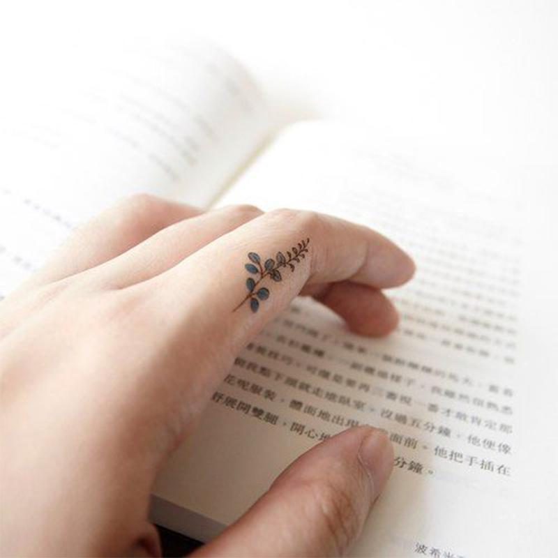 Mini Tattoos On Finger; Simple Tattoo; Beautiful Tattoos; Sex Tattoos;Mini Tattoos;Finger Tattoos; Meaningful Tattoos;