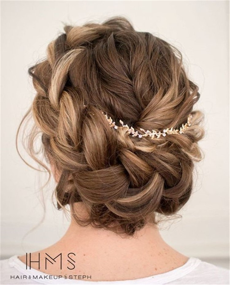 40+ inspiration for wedding day hairstyles for long hair; hair design for wedding; wedding hair looks; Easy hairstyles for women; sexy wedding hair; wedding day hairstyles for long hair;