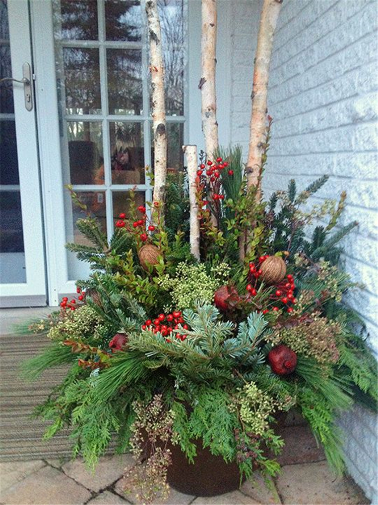 30+ Amazing Front Porch Christmas Decorating Ideas, Winter pots, Christmas Decor Outdoor,Christmas Outdoor Container,