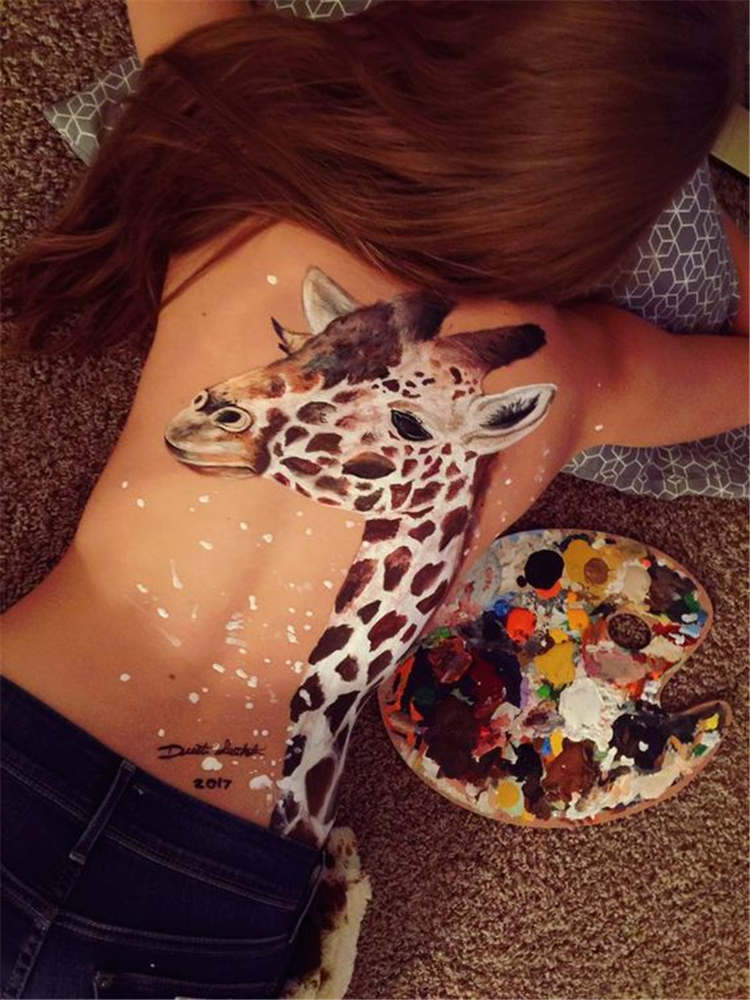 Bold Body Painting Art Ideas To Try; Body Paining Art; Women Body Paining; Body Paining Artistico Espalda #Bodypainting