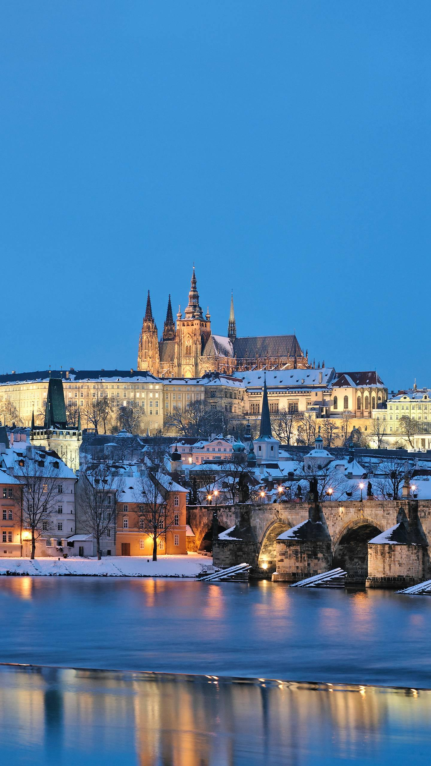 Why are you going to Prague in winter? If the Czech Republic is a fairy tale kingdom, then Prague in winter is a dream in a fairy tale, with an irresistible charm.