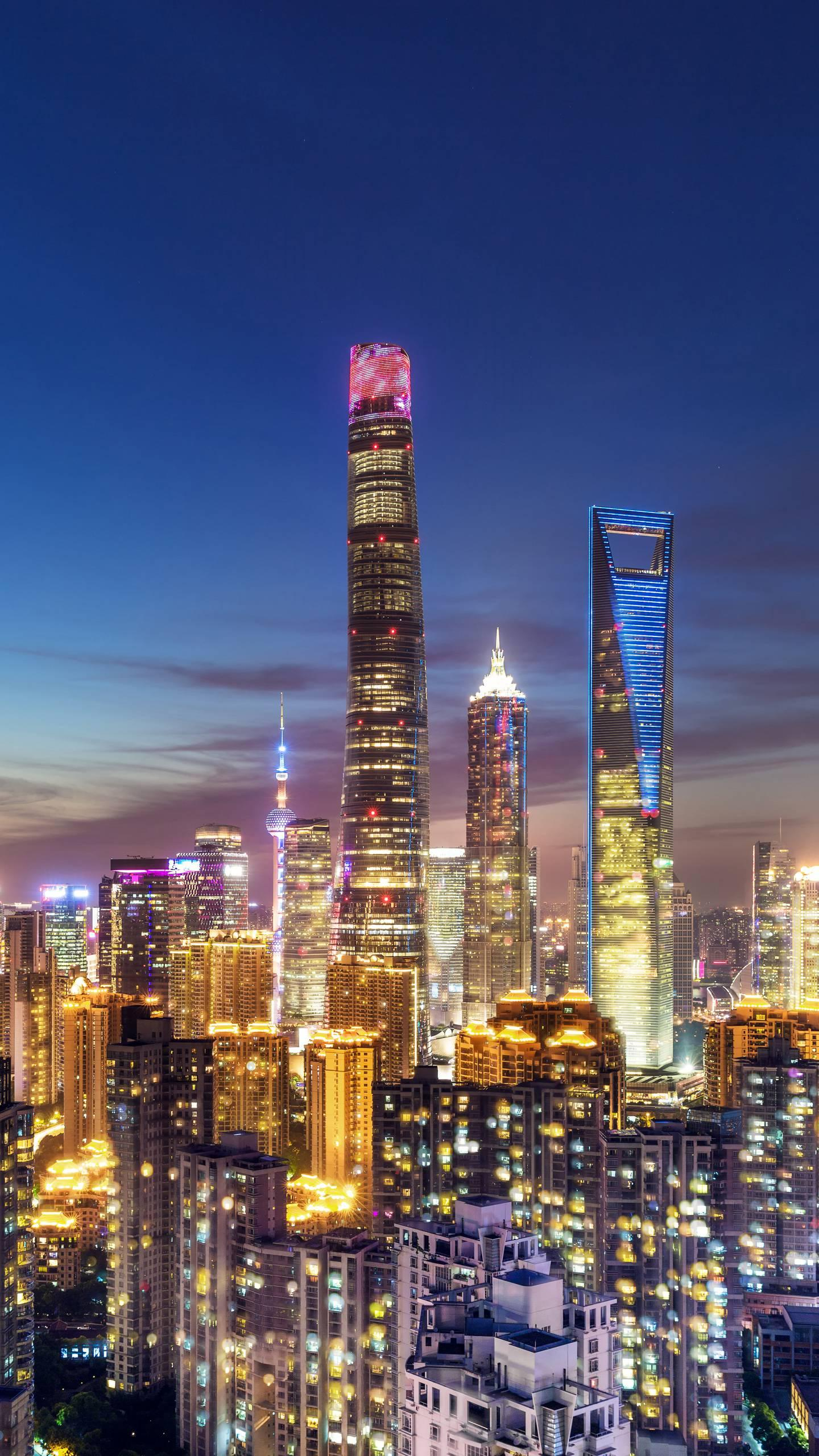 "China's most ""bull"" building. Shanghai Center Building, with a height of 632 meters, the foundation has hit 980 piles!"