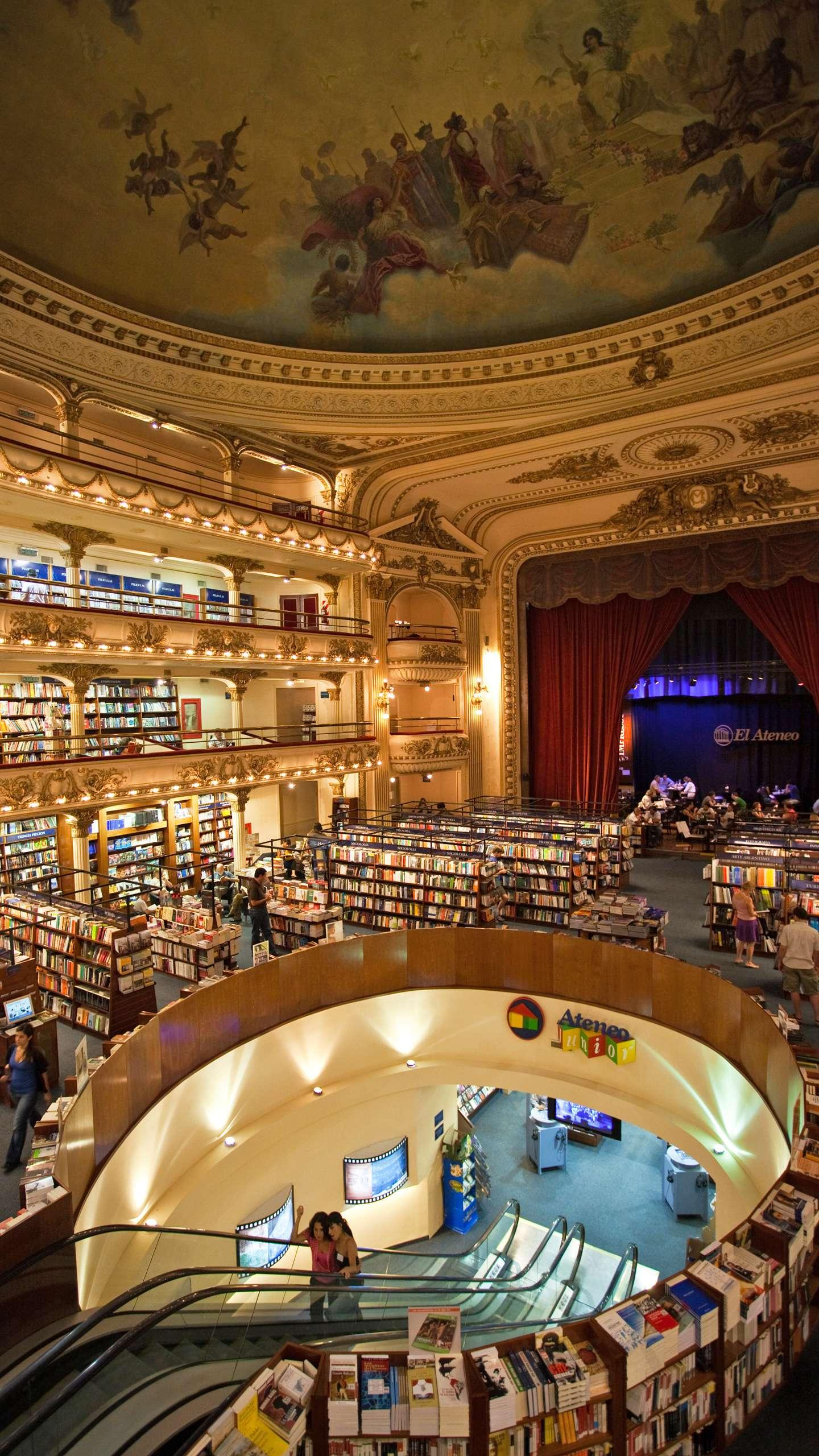 Athenian bookstore. Reconstructed from an old theatre, the bookstore has a total area of ​​more than 2,000 square meters and is the largest and most luxurious bookstore in South America.