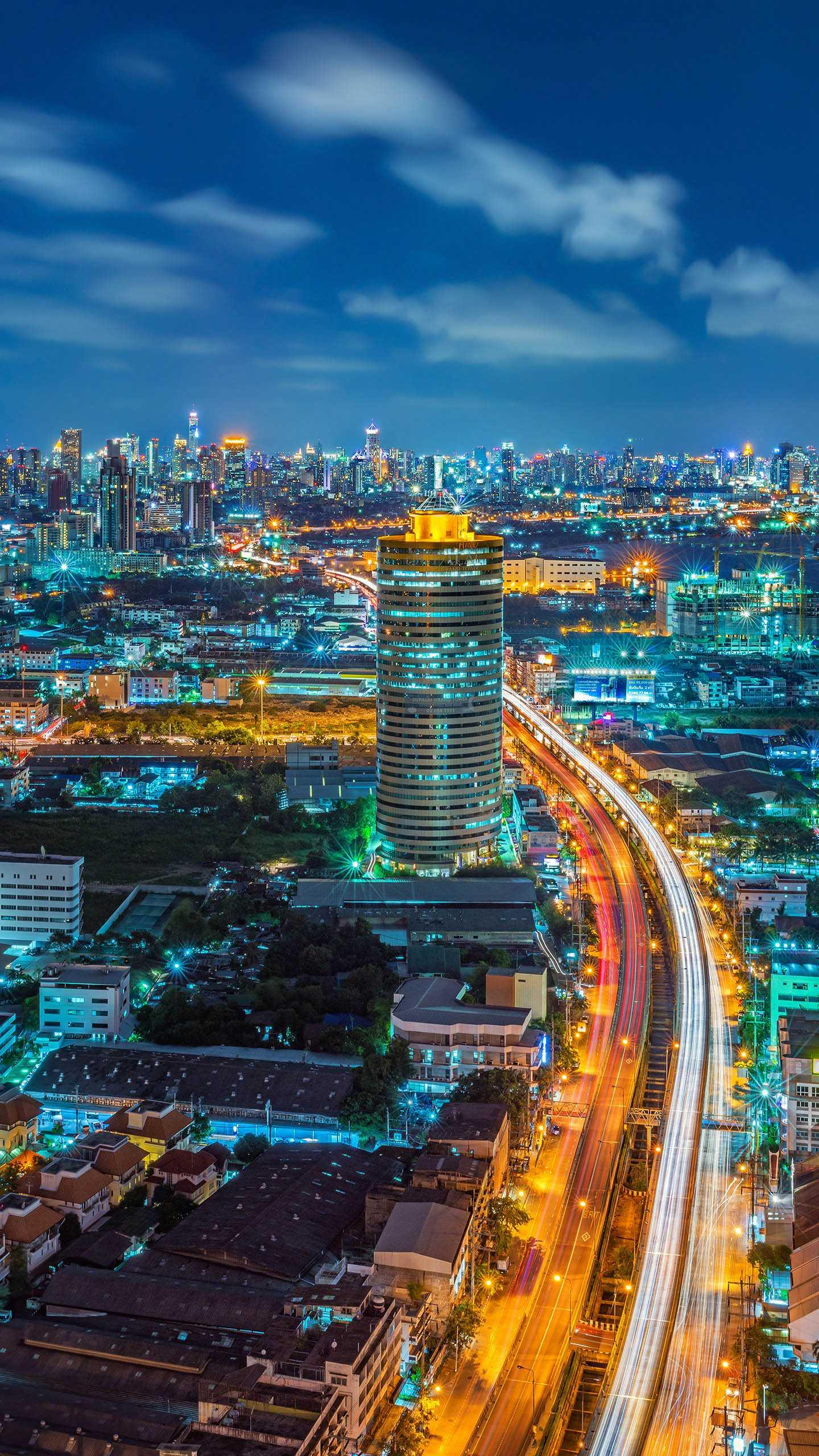 Thailand is one of the first choices for many people to go abroad for the first time. What should you pay attention to?