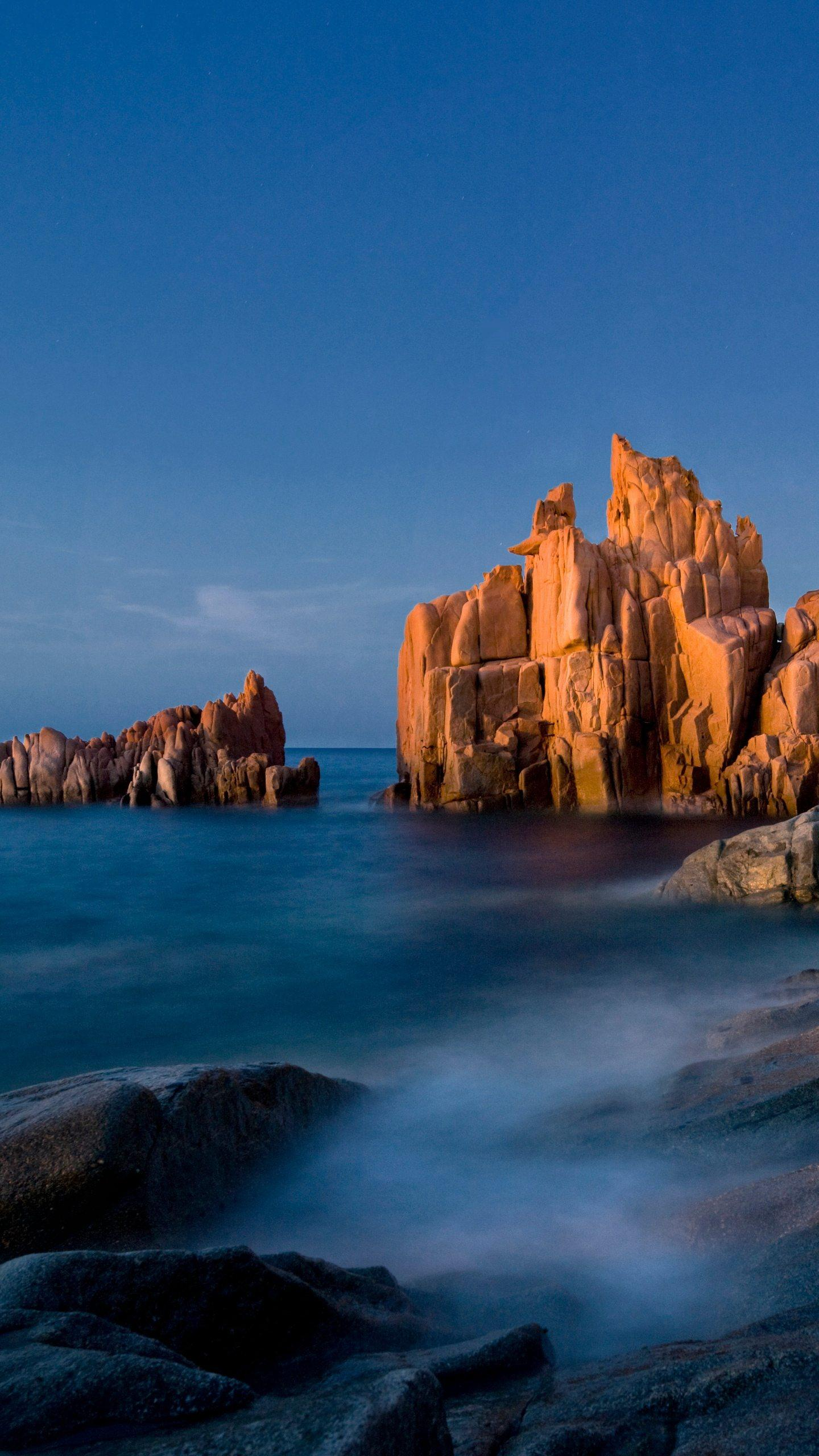 Meet Sardinia. Sardinia is the natural and original second largest island in Italy, with a different charm from other places, leisurely and comfortable.