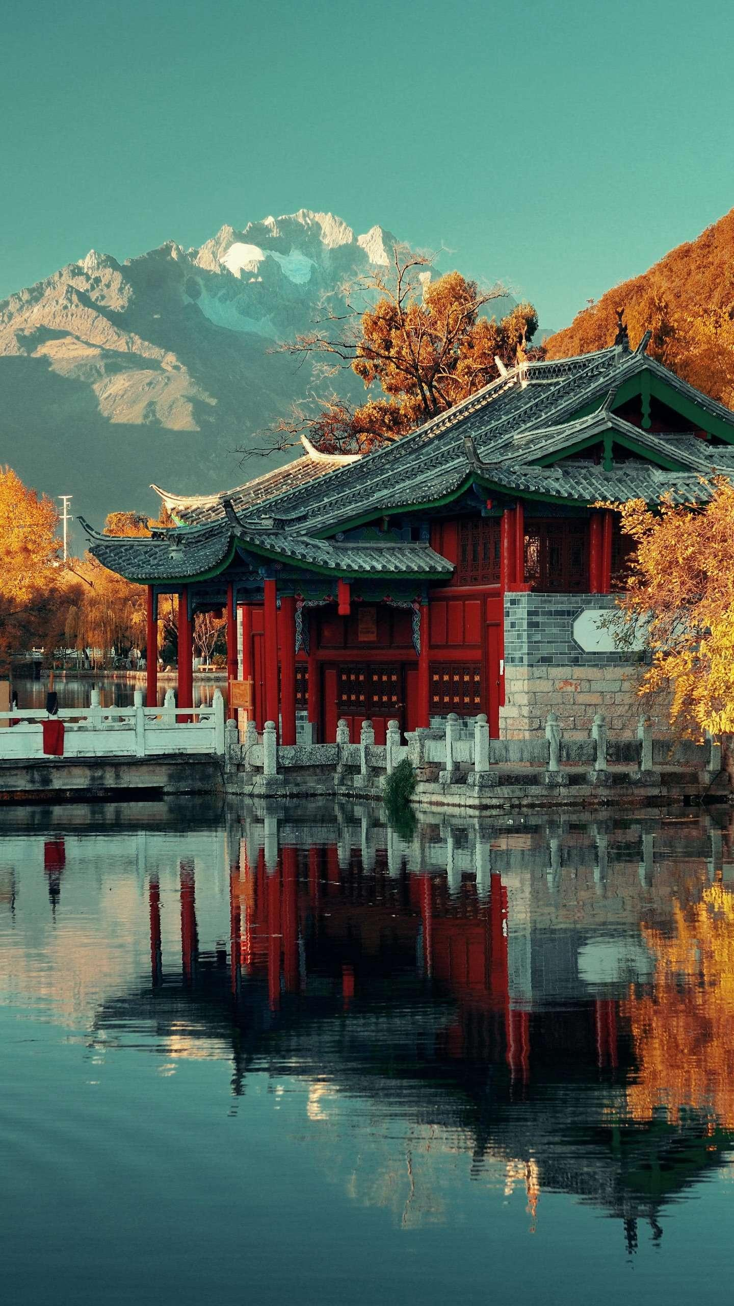 Autumn in Black Dragon Pool. Black Dragon Pool is located at the foot of the North Xiangshan Mountain in the ancient city of Lijiang. The lake is clear and transparent, and the scenery is like a fairyland.