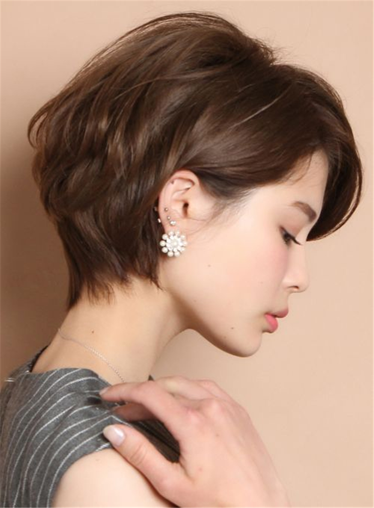 Get Some Inspiration From Anne Hathaway S Short Hair
