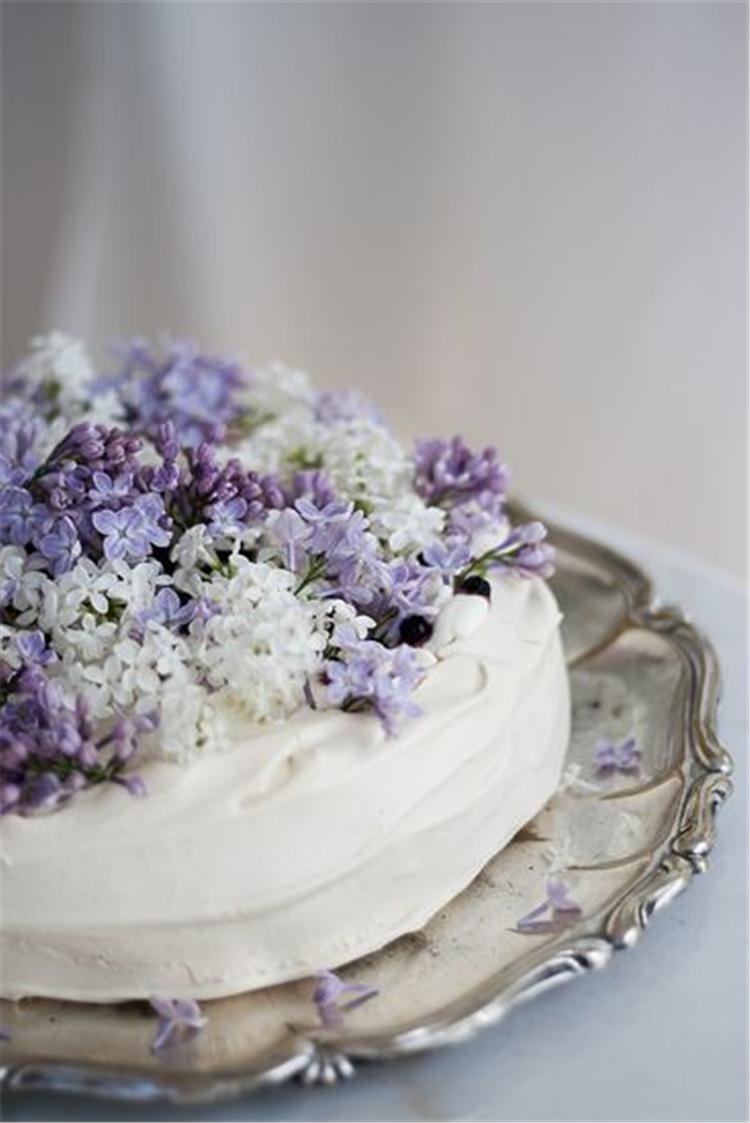 Wedding Cake Inspiration, floral wedding cake, floral cake, fruit cake, chocolate cake, rustic cake, Birthday Cake