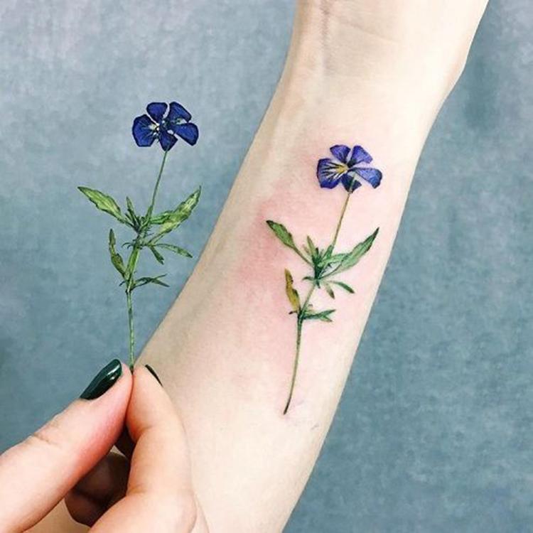 Mini Tattoos On Ankle; Simple ankle Tattoo; Beautiful Tattoos; Sex Tattoos; Mini Tattoo; Meaningful Tattoos;#ankletattoos #minitattoos