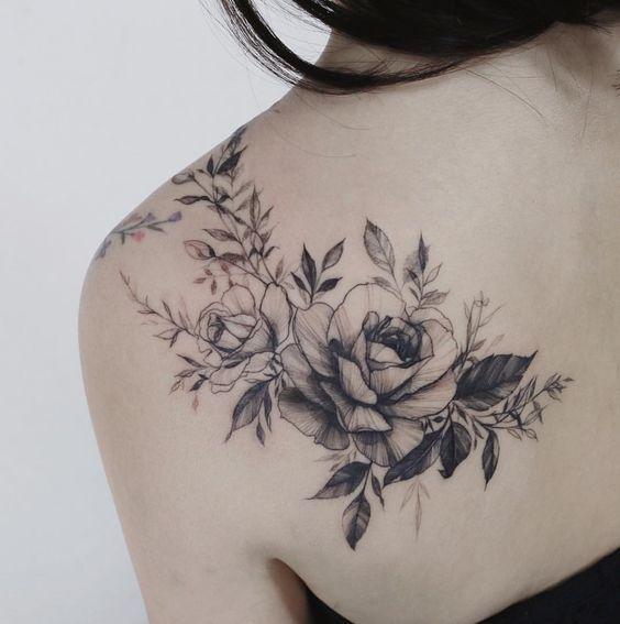 Flower Back Tattoo Ideas: 50+ Back Shoulder Tattoo Ideas For Woman