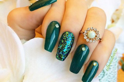 30+ Outstanding Emerald Green Nails Art Designs For You