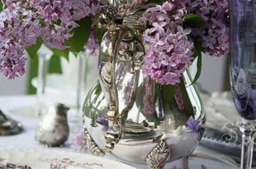Dining Room Sets; Christmas Table Decorations Centerpiece; Purple Table Settings Ideas; Purple Tablescapes;