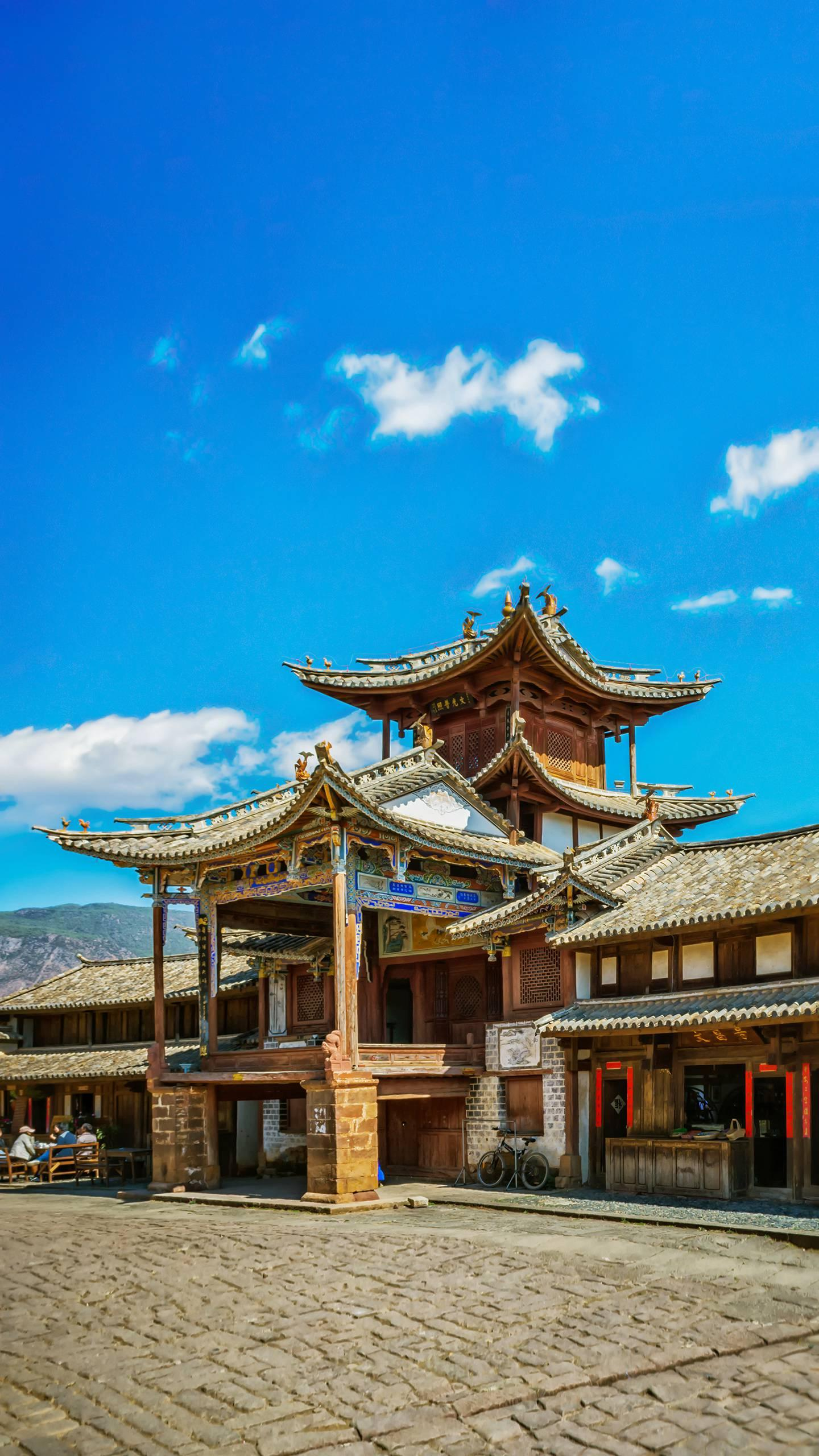 Yunnan - Shaxi Ancient Town. It was an important station on the ancient tea-horse road. It is antique and still retains its ancient architectural features.