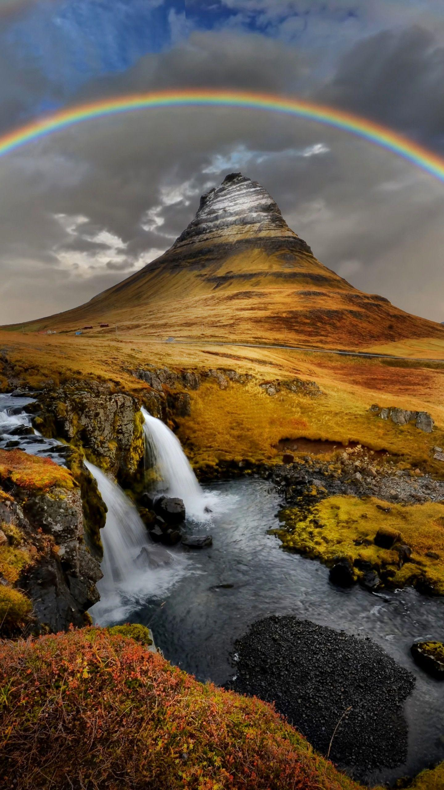 Fantasy Iceland. Some people say that Iceland is a European version of Tibet, and NASA has also chosen it as a model for landing on the moon. .