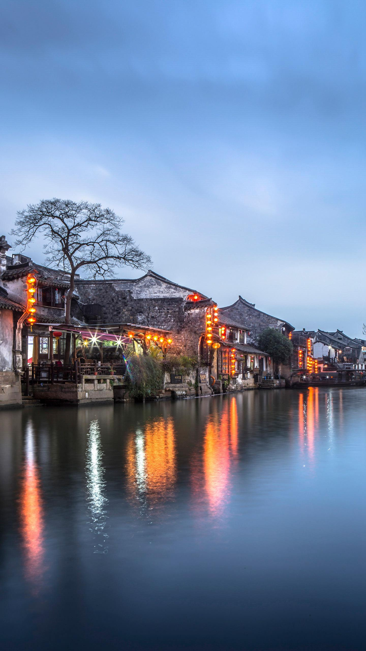 "Nanxun Ancient Town has been an important economic and cultural town of Huzhou since ancient times. It is known as the ""state of culture"" and the ""hometown of poetry and books""."