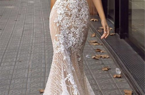 Glamorous Deep V Neckline Floral Wedding Dress; 2019 Wedding Dress Trend; Bold Wedding Dress; V Neck Wedding Dress