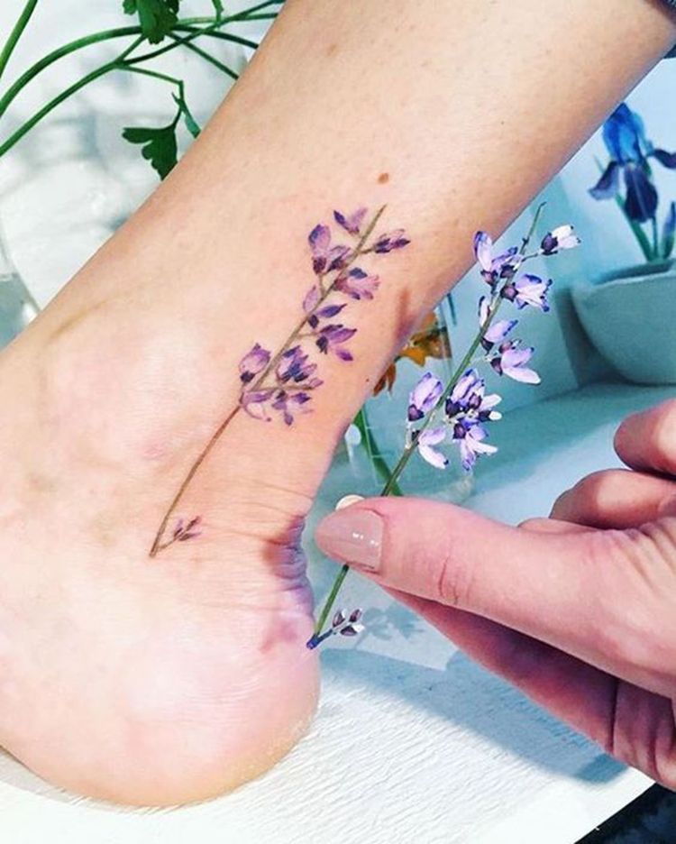 Mini Tattoos On Ankle; Simple ankle Tattoo; Beautiful Tattoos; Sex Tattoos; Mini Tattoo; Meaningful Tattoos; #ankletattoos #minitattoos