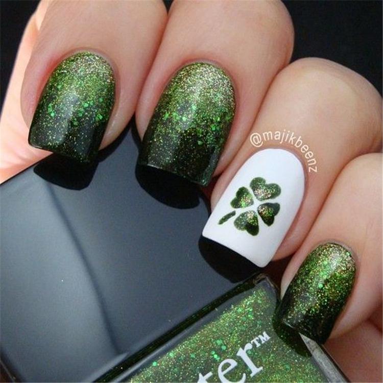 Spring 2019 Nails Design Fashion Trends; Lucky Green Plaid Nails; Nail designs; Spring Nails; glitter nails; Nail art; Nails acrylic nail;