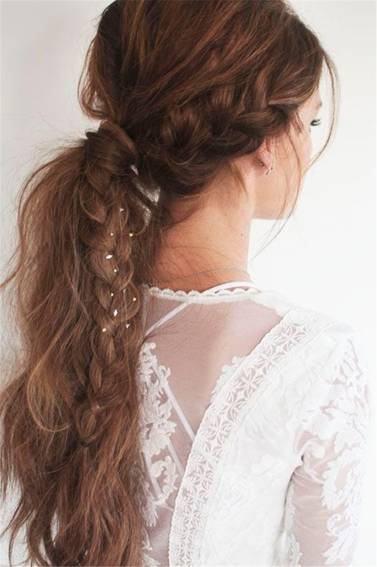 twisted low ponytail; ponytail hairstyles; trendy hairstyles and colors 2019; women hair colors; easy ponytail hairstyles #ponytail