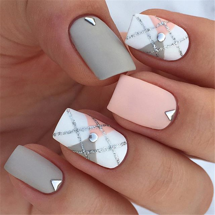 elegant sqaure matte nails design ideas; square acrylic nails; spring nails; matte nails design; long sqaure matte nails #mattenails