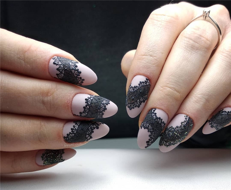elegant almond matte nails design ideas; almond acrylic nails; spring nails; matte nails design; long sqaure matte nails #mattenails #almondnails #nailsdesign