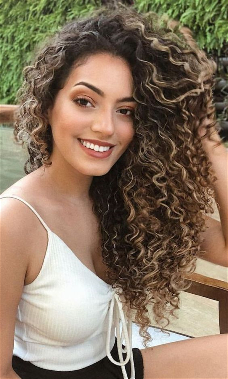 22 Long Curly Hairstyles And Colors 2019 Latest Fashion