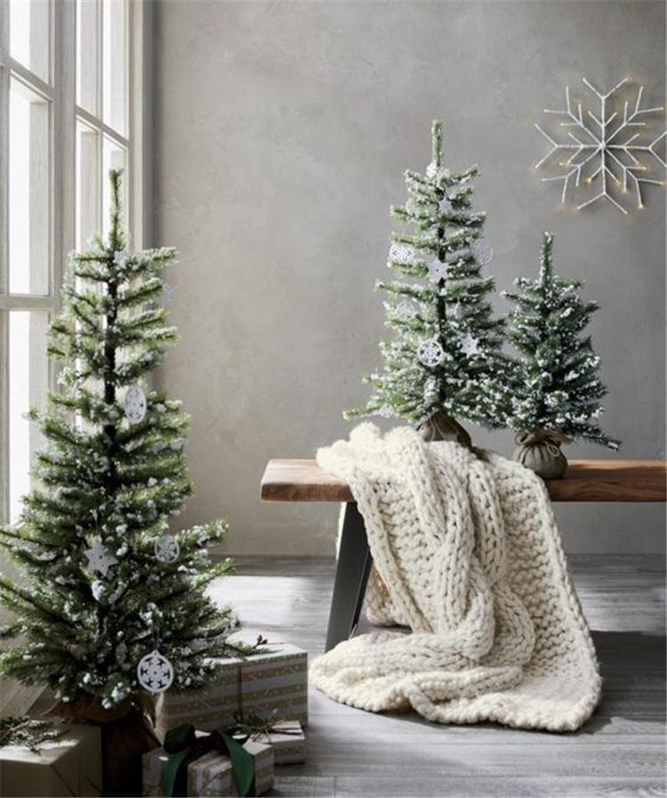 Simple Christmas Tree Decorations 2019.2019 Simple Christmas Tree Decor Ideas Sumcoco