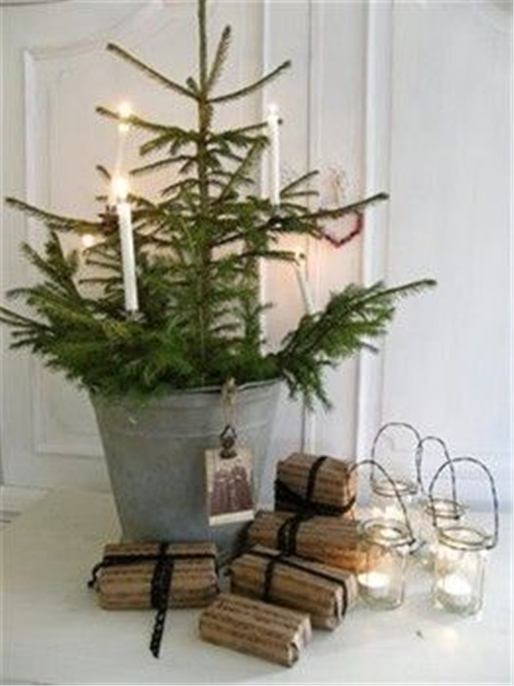 easy and simple christmas tree decorations; christmas crafts; christmas decor diy; rustic natural decoration; home decor; #Christmasdecor #Christmastress