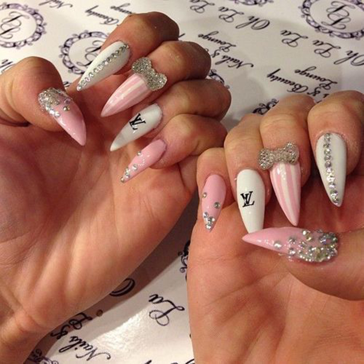 Bow Stiletto Nails; Trend Stiletto Nails in 2019; Stiletto Coffin Nails; Stiletto Nails Designs; Nails Acrylic;#Stilettonails