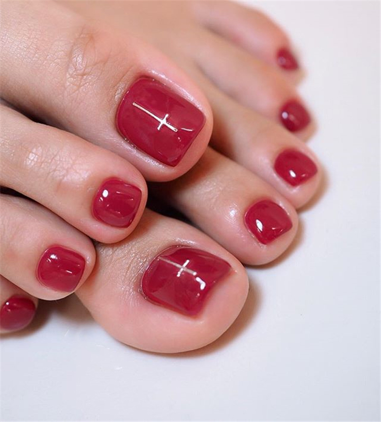 elegant and stylish bright french toe nails design; elegant toe nails in bright colors; bright color design nails for toes; #toenails