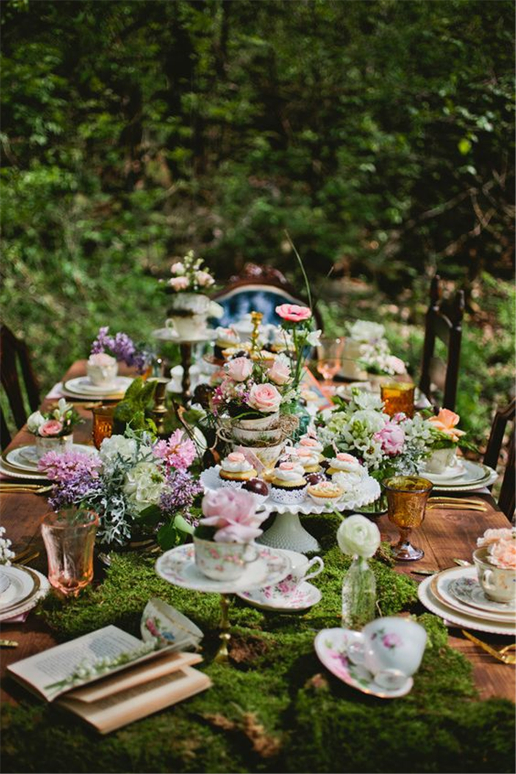 How To Decorate Wedding Outdoor On A Budget