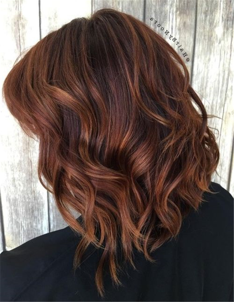 chestnut brown hair color trend in 2019; trendy hairstyles and colors 2019; chestnut brown hair; #haircolor #chestnutbrownhairs