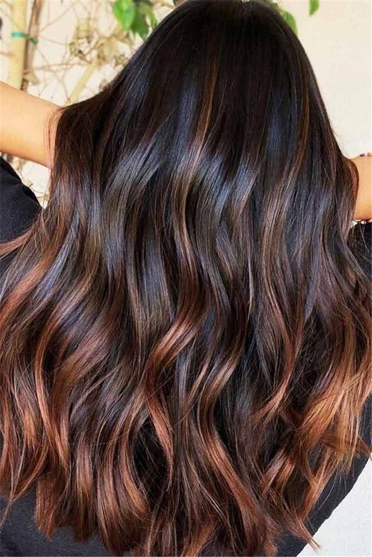 chestnut brown hair color trend in 2019; trendy hairstyles and colors 2019; chestnut brown hair; #haircolor #chestnutbrownhairs