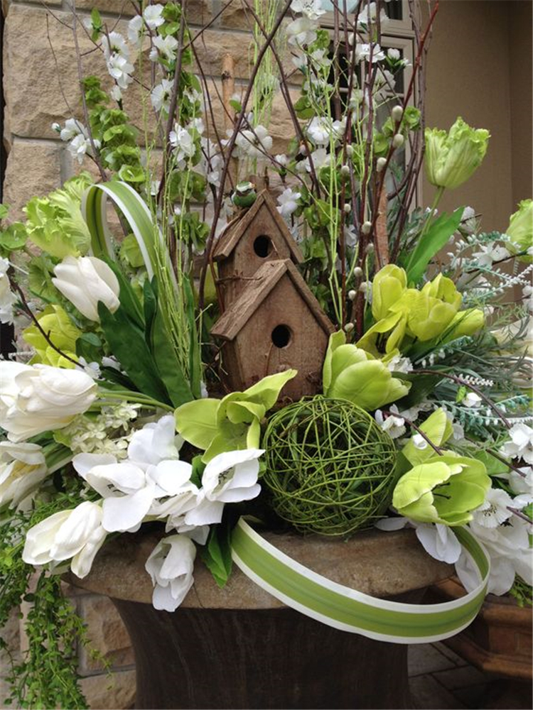 Easter Decorations; Easter Decorations Ideas Center Pieces; Easter Table Decorations; Easter Decorations For The Home; Easter Rabbit; Diy Easter Wreath; #easterdecorations;