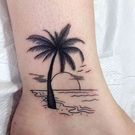 summer tattoos; palm tree tattoo; palm tree tattoo ankle; palm tree tattoo arm; palm tree tattoo small; #tattoodesigns