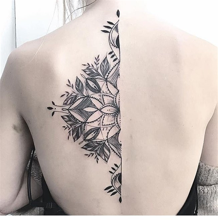 bold women back tattoo ideas art designs; tattoo ideas unique meaningful; women tattoo ideas; #backtattoos #tattoodesigns