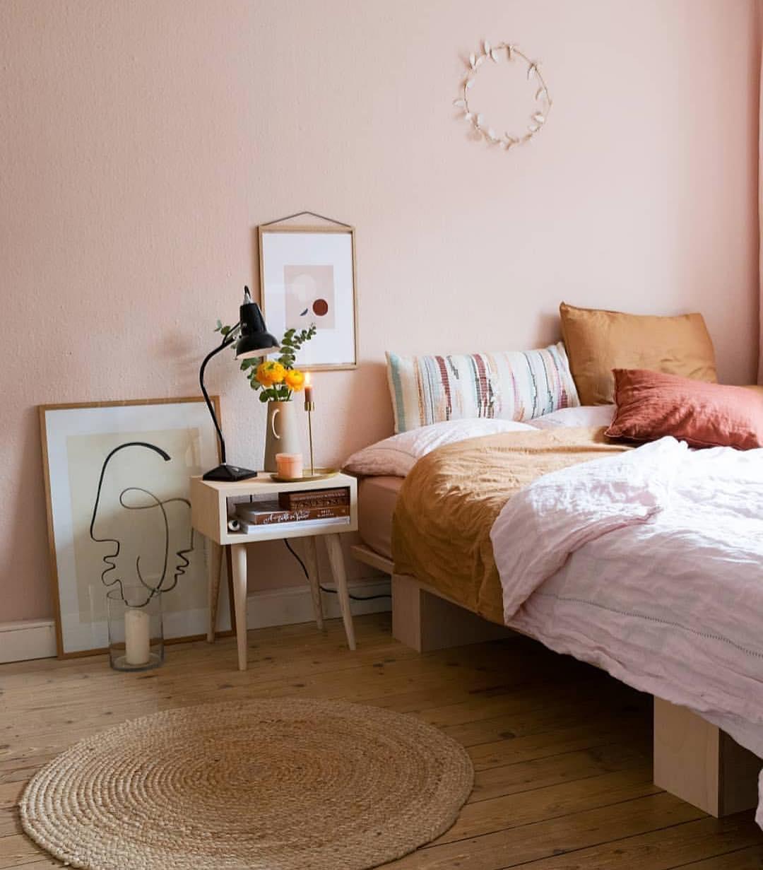 Bedroom decor; cozy bed room decor apartment; modern bed room decor ideas on a budget; bed room decor ideas rustic #bedroomdecor